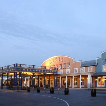 Disney's Hotel Cheyenne ☆☆