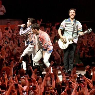 Concert Jonas Brothers la...