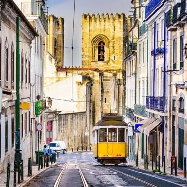 City Break in Lisabona,...